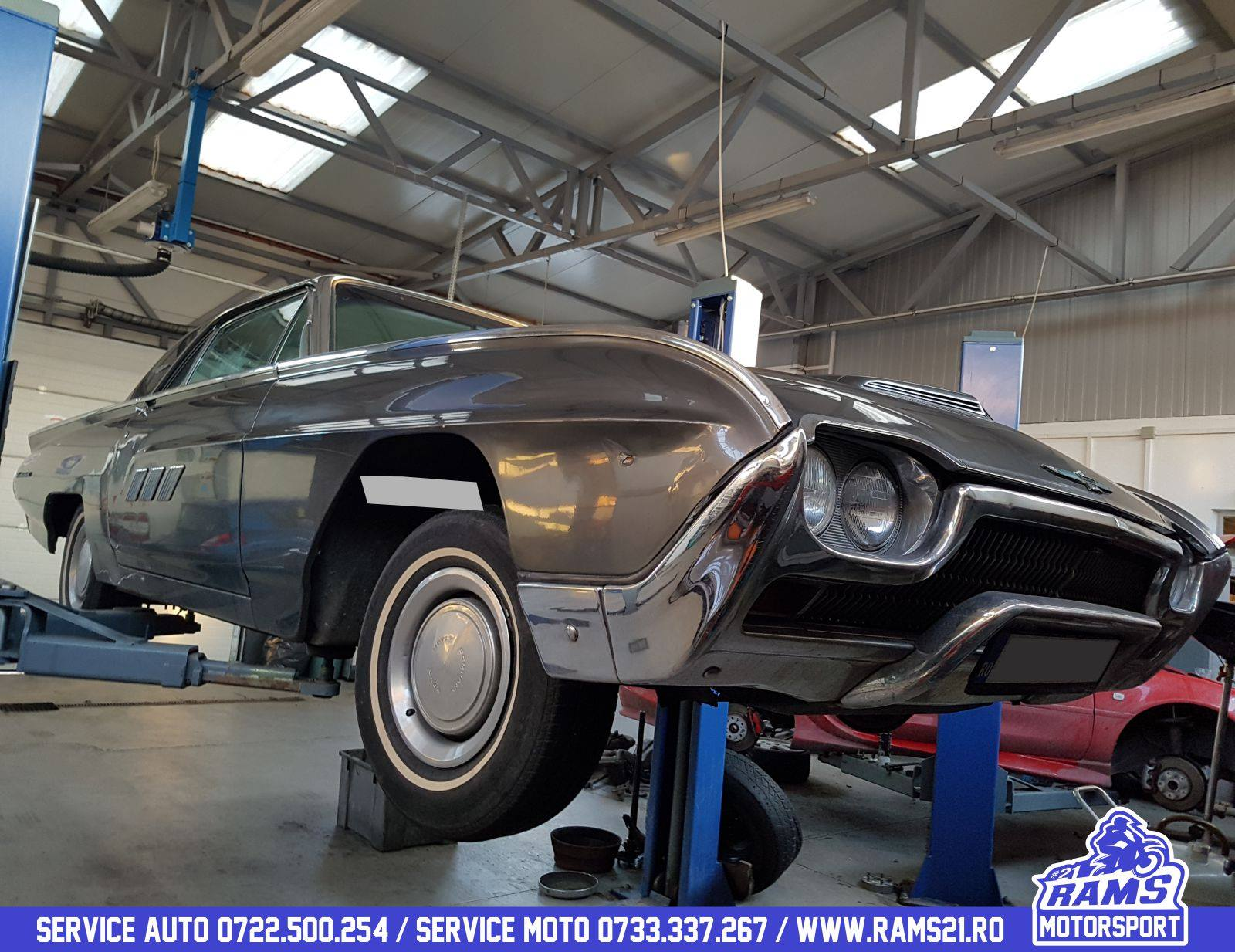 ford classic thunderbird